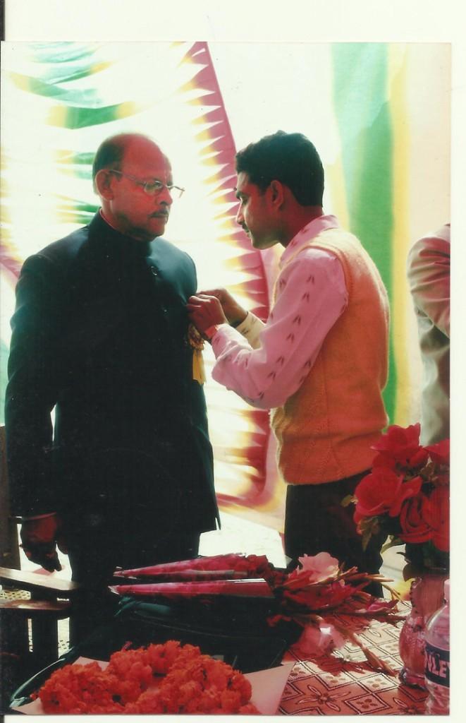 Felicitation of Prof. T.P. Singh in 16th Prithvi Parva by Madhusudhan Singh.